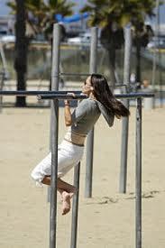 playground chin ups
