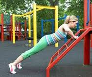 playground pushups